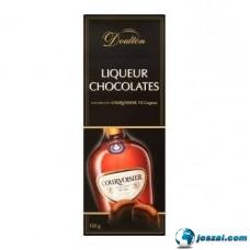 Doulton COURVOISIER VS Cognac-kal töltött csokoládé praliné 150g